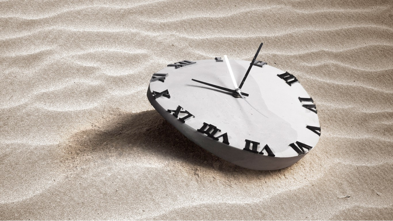 dali melting clock by craft beton